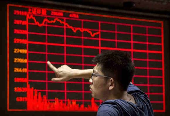 china-stock-markets-remain-volatile-amid-economy-fears