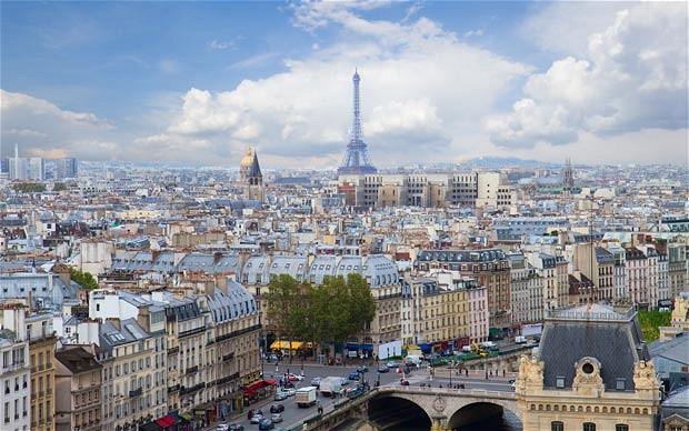 Paris-_2993656b